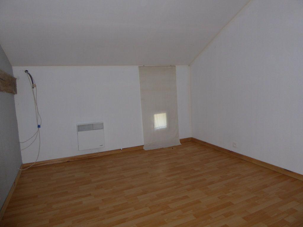 Maison à vendre 3 70m2 à Mouzon vignette-9