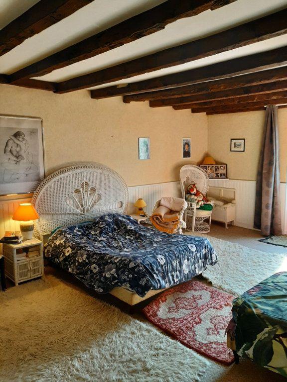 Maison à vendre 14 700m2 à Les Salles-Lavauguyon vignette-6