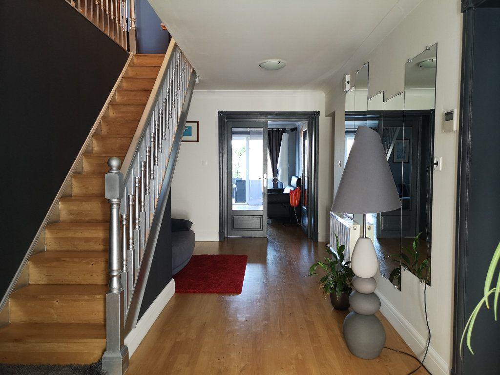 Maison à vendre 7 221m2 à Saint-Angeau vignette-2