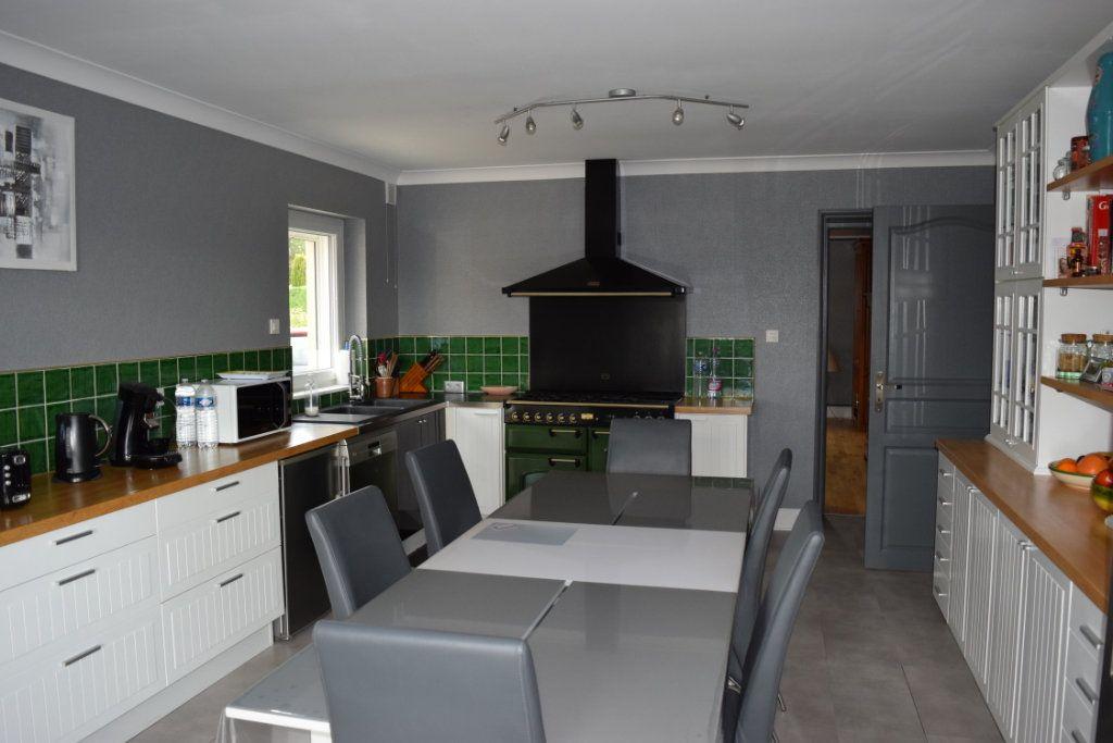 Maison à vendre 7 221m2 à Saint-Angeau vignette-4