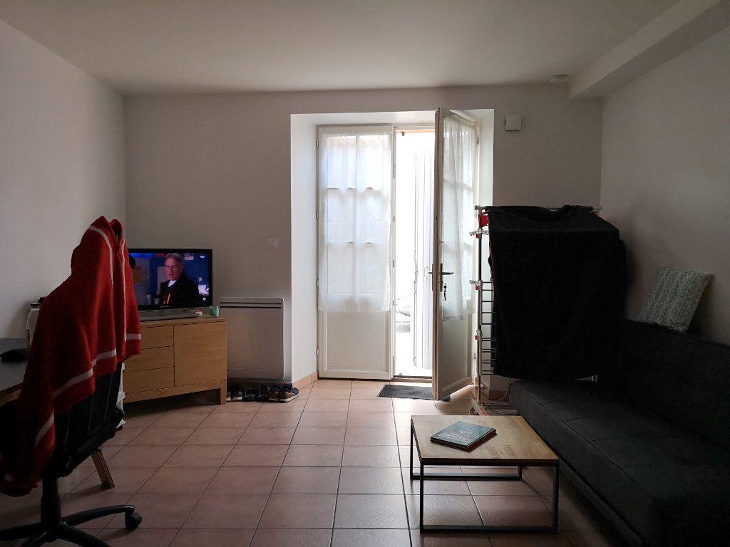 Maison à vendre 5 122m2 à La Rochefoucauld vignette-9