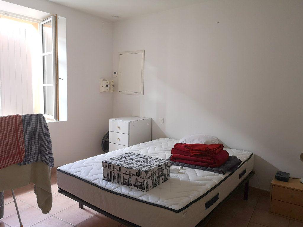Maison à vendre 5 122m2 à La Rochefoucauld vignette-11