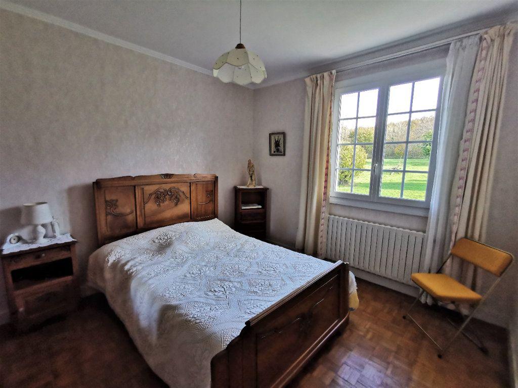 Maison à vendre 4 70m2 à Roumazières-Loubert vignette-8