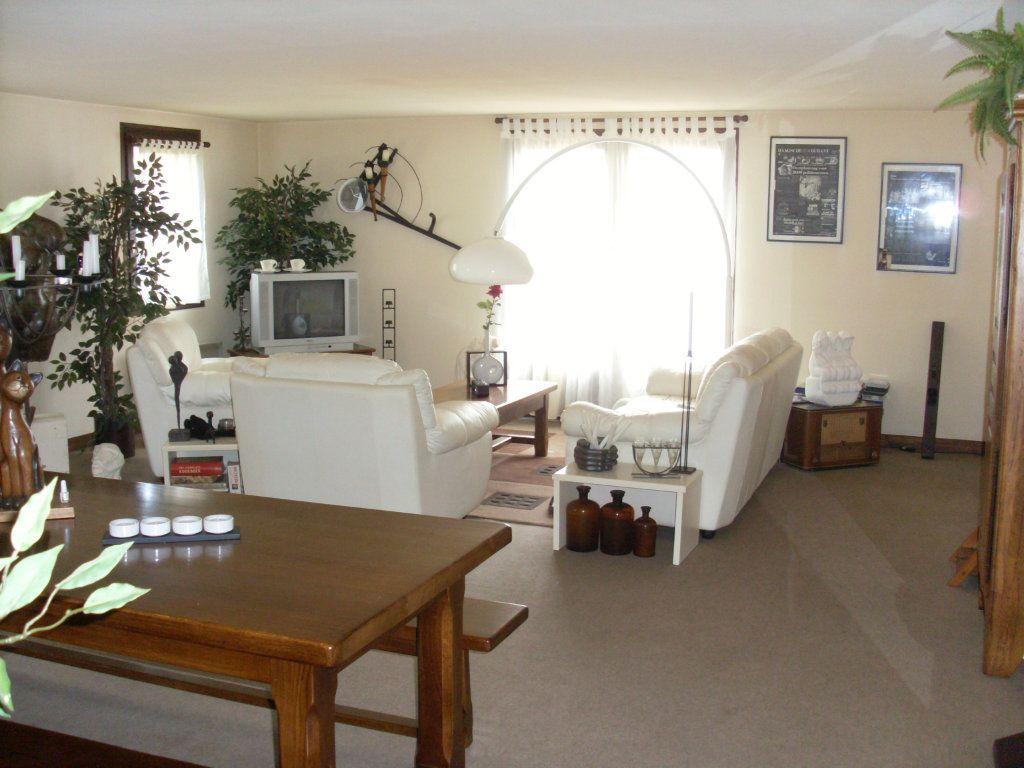 Maison à vendre 5 225m2 à Montemboeuf vignette-5
