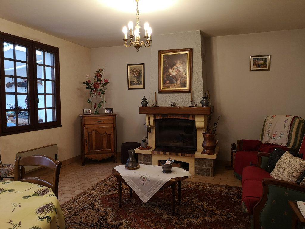 Maison à vendre 6 112m2 à Taponnat-Fleurignac vignette-2