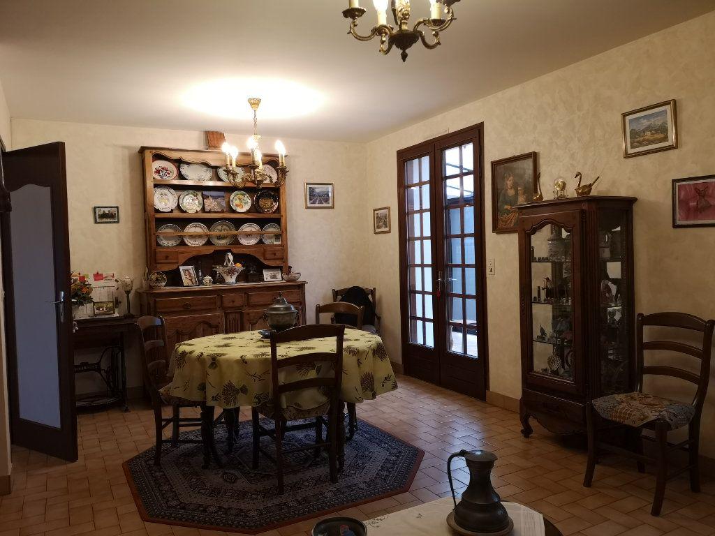Maison à vendre 6 112m2 à Taponnat-Fleurignac vignette-3