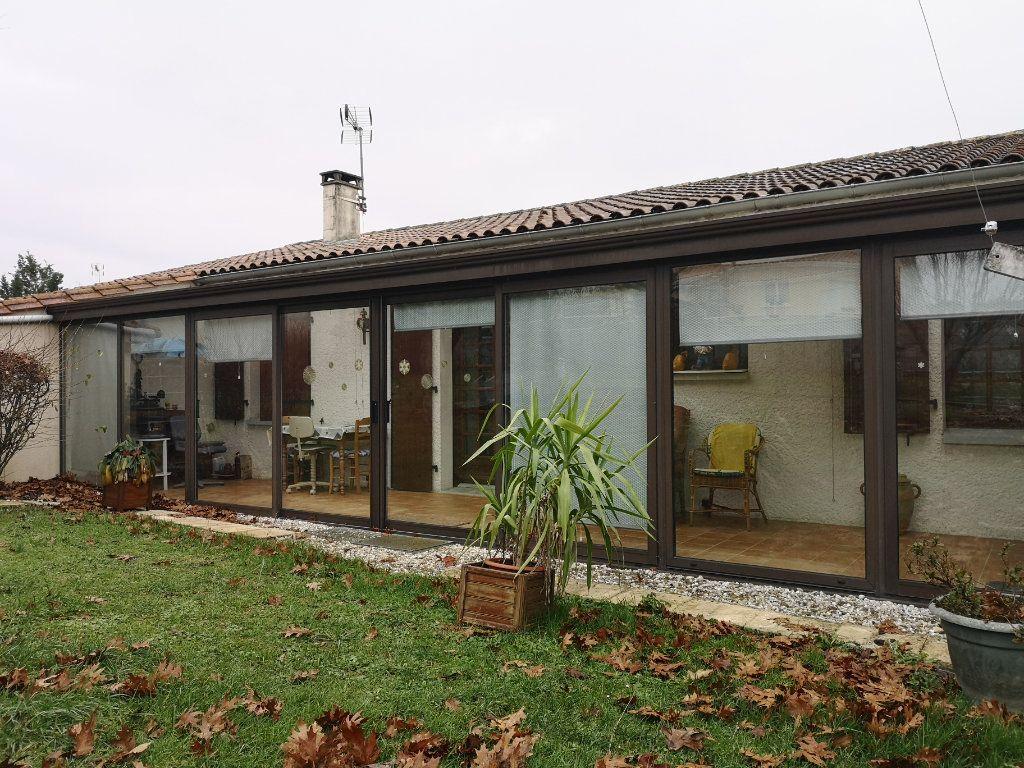 Maison à vendre 6 112m2 à Taponnat-Fleurignac vignette-10
