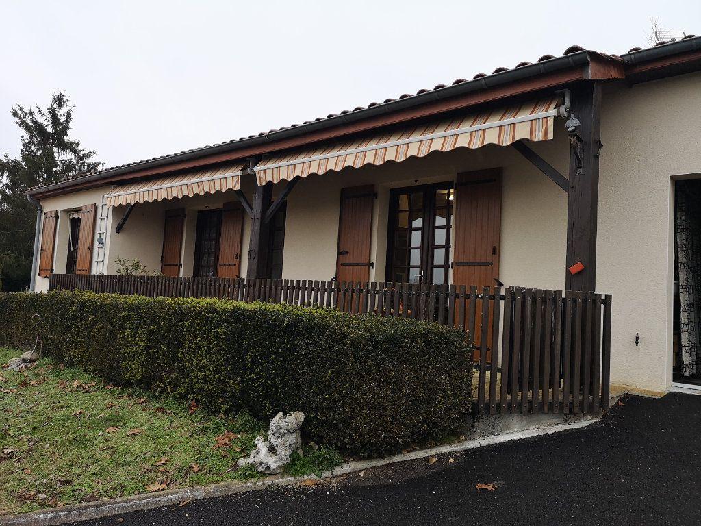 Maison à vendre 6 112m2 à Taponnat-Fleurignac vignette-11