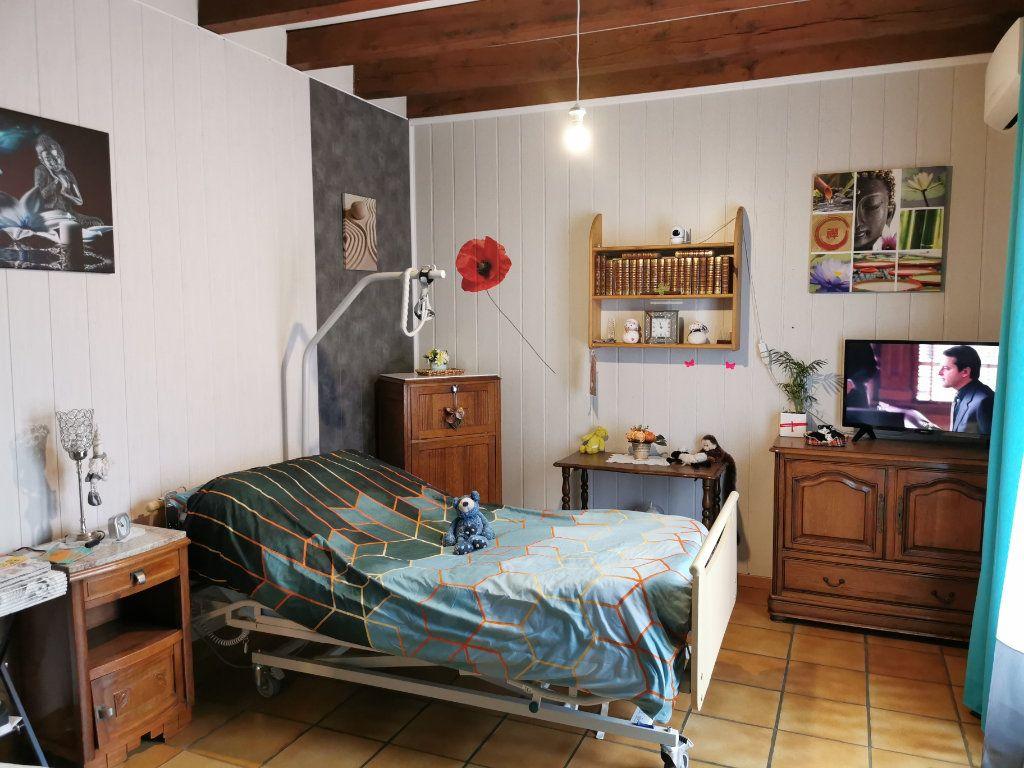 Maison à vendre 8 176m2 à Cellefrouin vignette-6