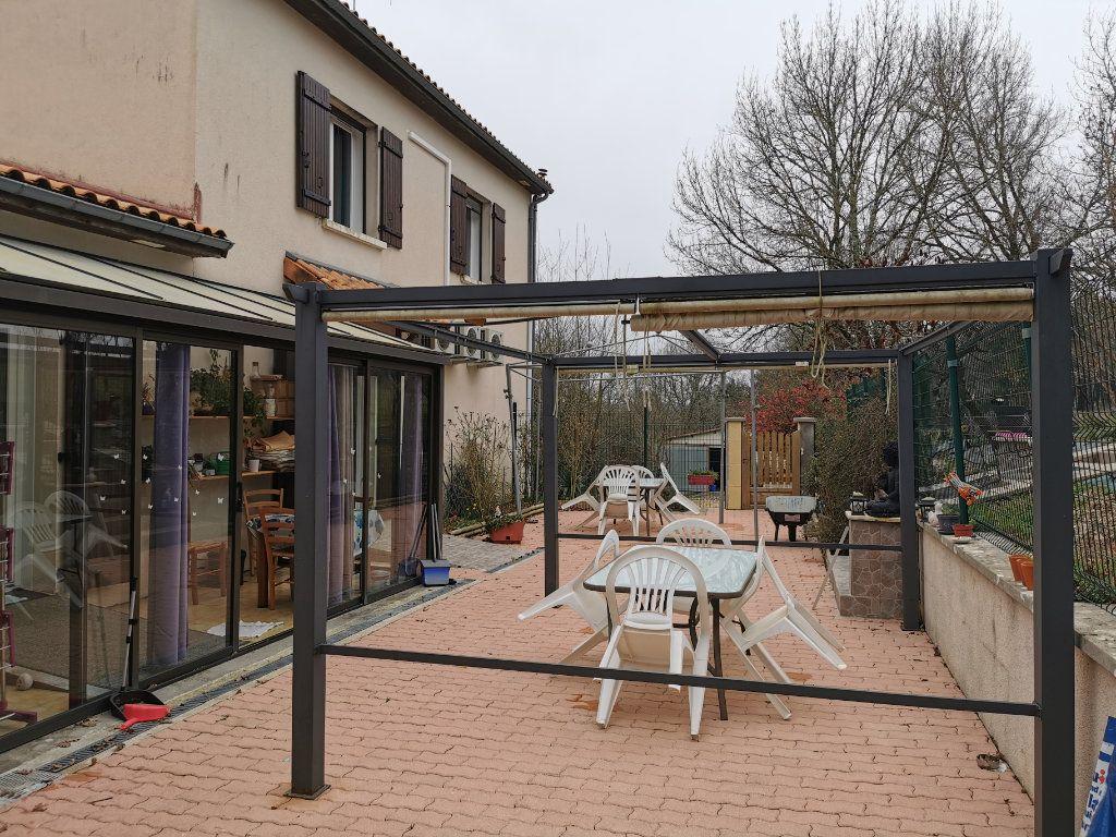 Maison à vendre 8 176m2 à Cellefrouin vignette-13