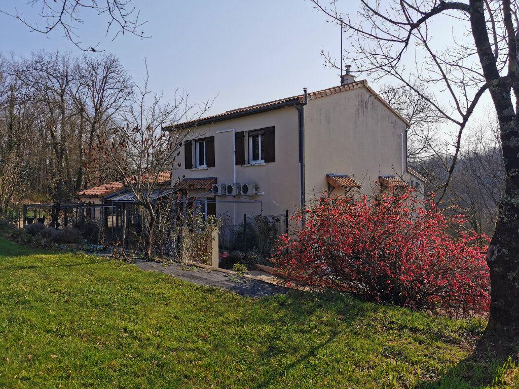 Maison à vendre 8 176m2 à Cellefrouin vignette-14