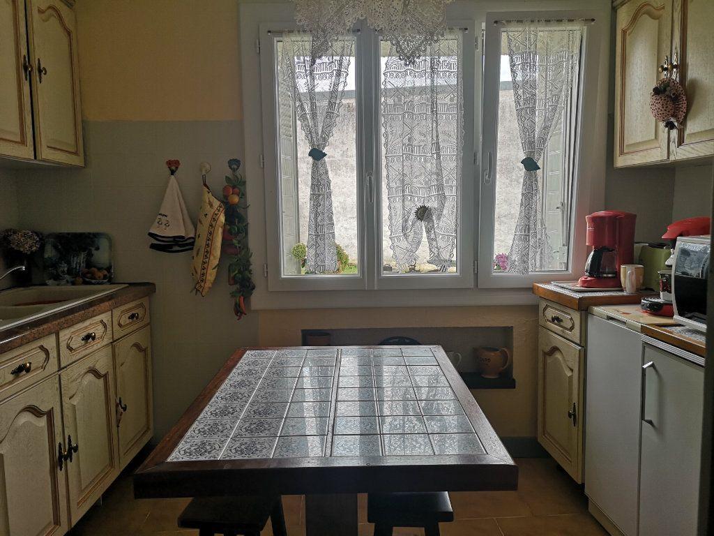 Maison à vendre 4 85m2 à Taponnat-Fleurignac vignette-4