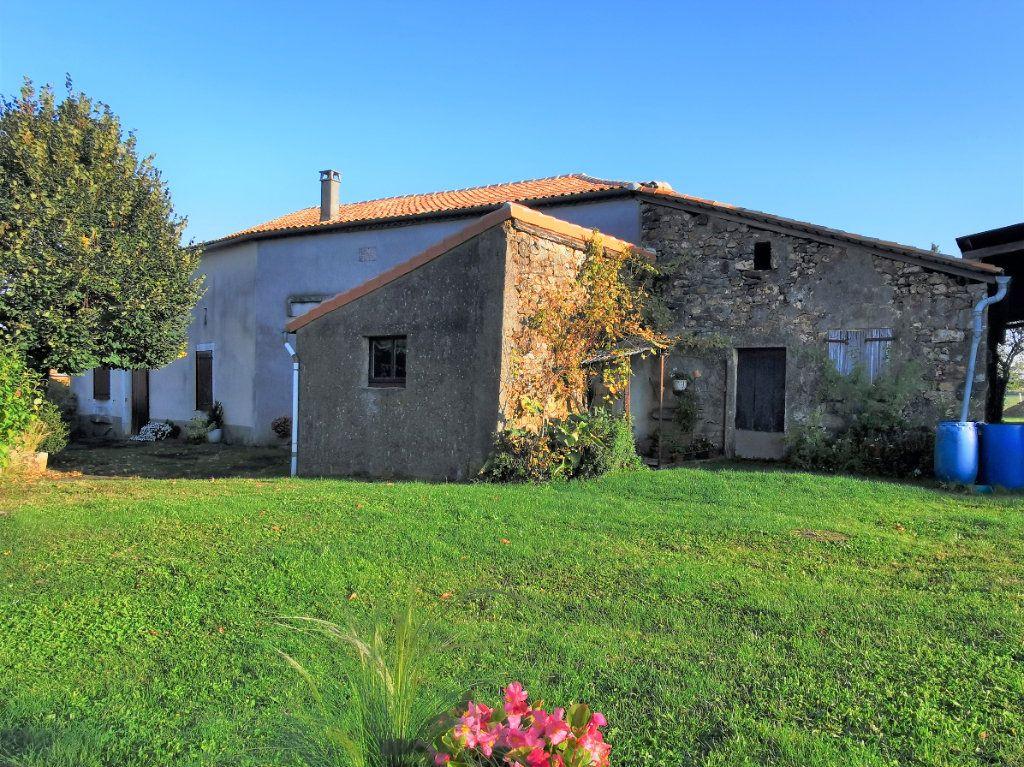 Maison à vendre 3 85m2 à La Rochefoucauld vignette-3