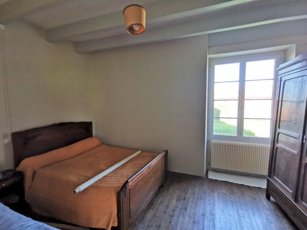 Maison à vendre 3 85m2 à La Rochefoucauld vignette-5