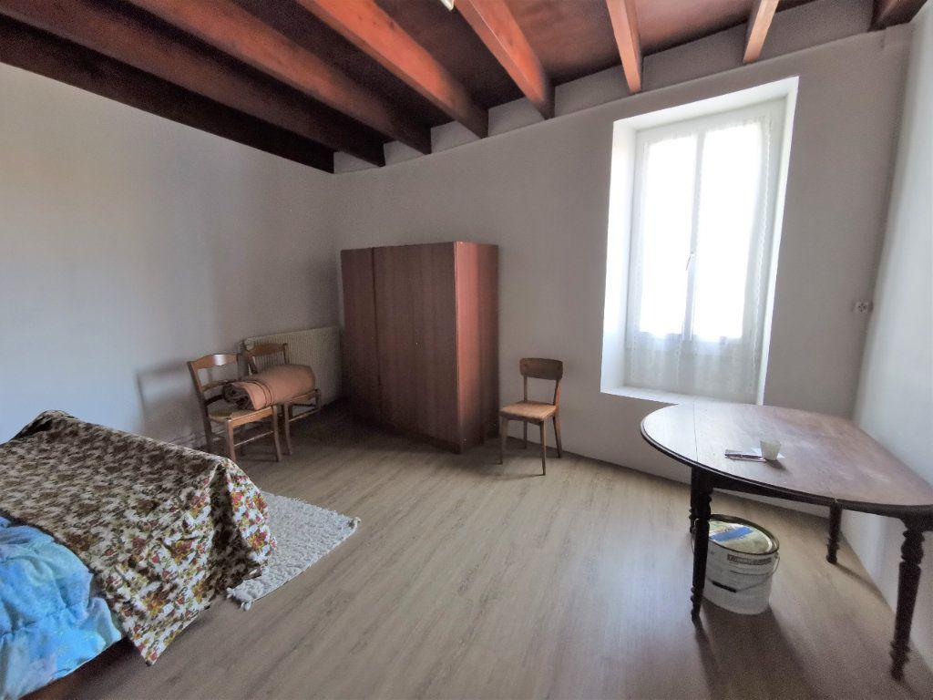 Maison à vendre 3 85m2 à La Rochefoucauld vignette-6