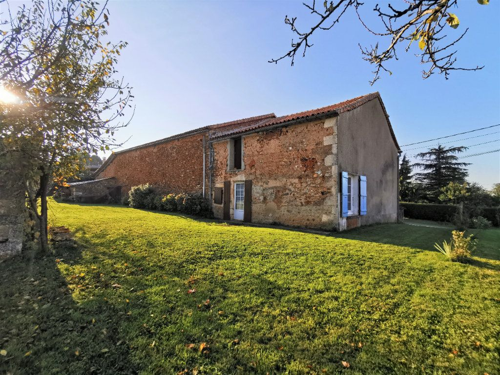 Maison à vendre 3 85m2 à La Rochefoucauld vignette-10