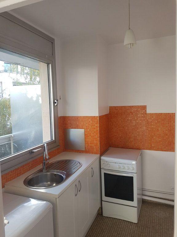 Appartement à louer 1 28.66m2 à Boulogne-Billancourt vignette-4