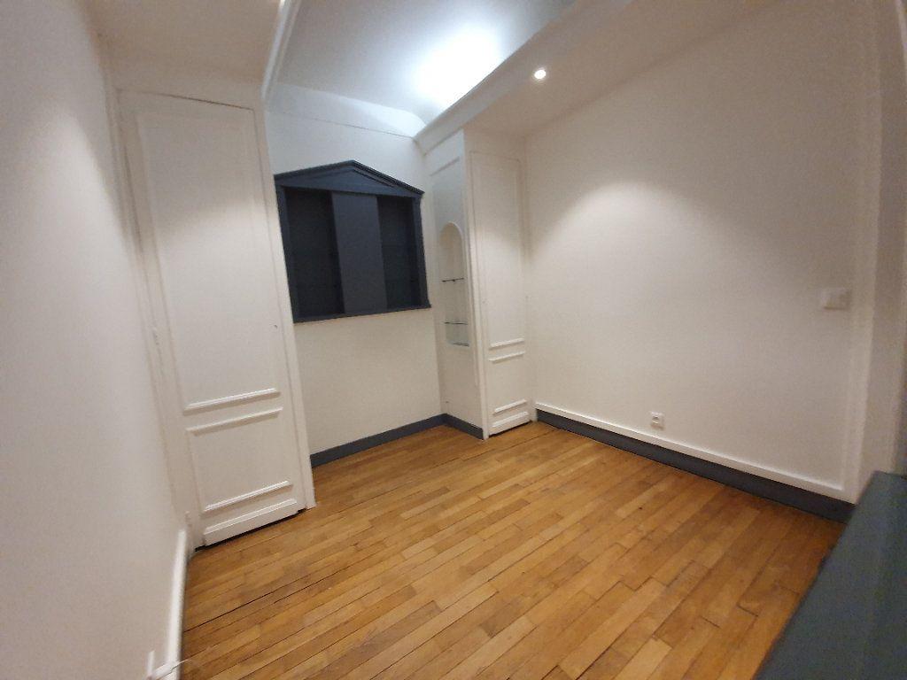 Appartement à louer 1 40.15m2 à Boulogne-Billancourt vignette-3