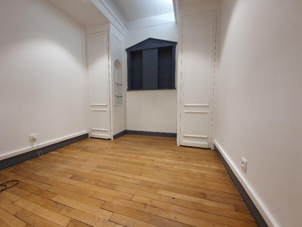 Appartement à louer 1 40.15m2 à Boulogne-Billancourt vignette-6
