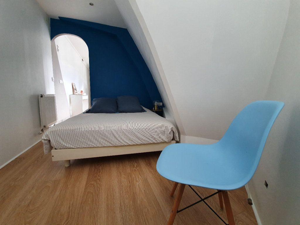 Appartement à louer 2 27.89m2 à Boulogne-Billancourt vignette-4
