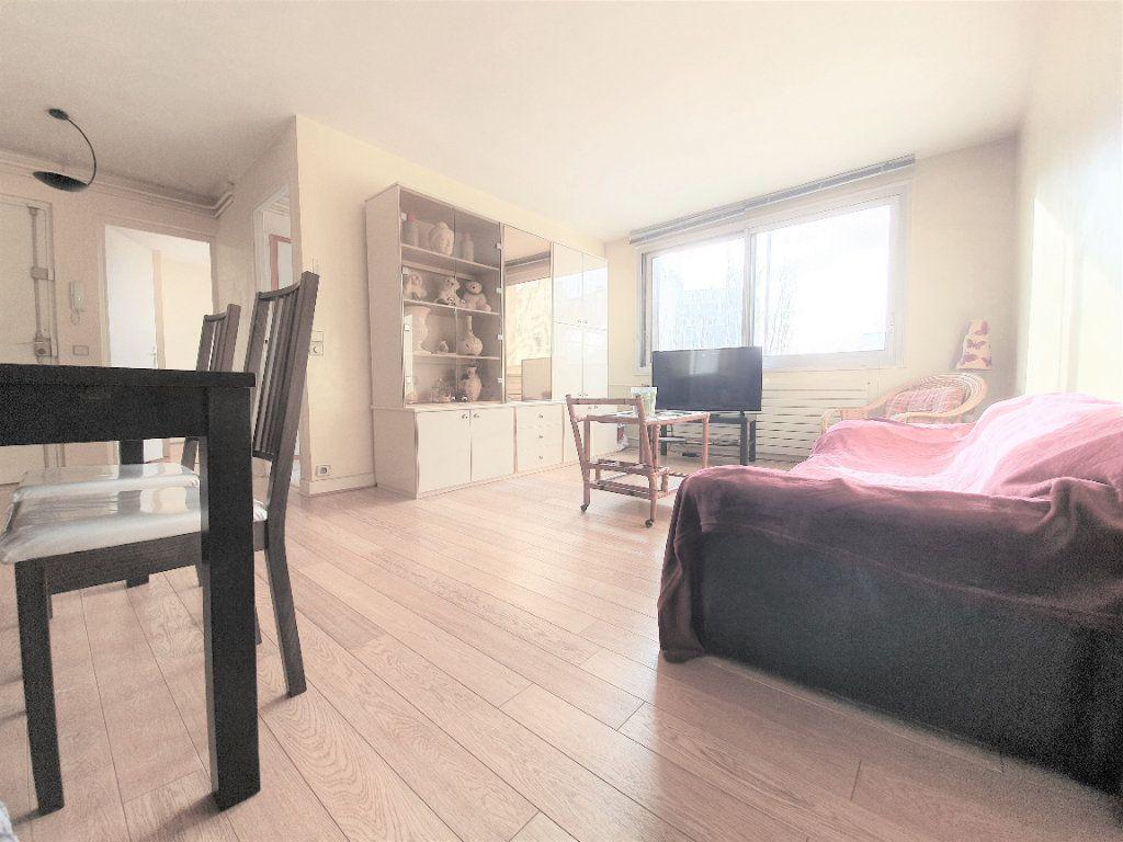 Appartement à vendre 4 70m2 à Boulogne-Billancourt vignette-1