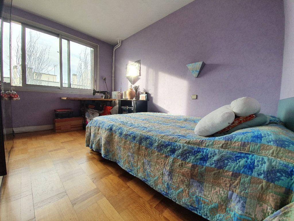 Appartement à vendre 4 70m2 à Boulogne-Billancourt vignette-5