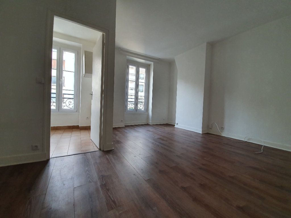 Appartement à louer 1 23.5m2 à Boulogne-Billancourt vignette-1