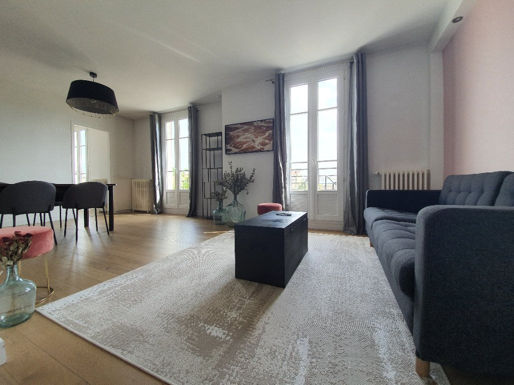 Appartement à louer 3 67m2 à Boulogne-Billancourt vignette-1