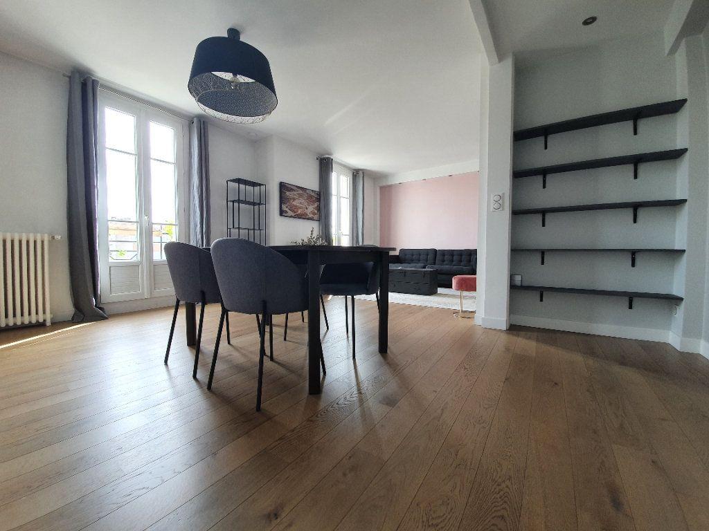 Appartement à louer 3 67m2 à Boulogne-Billancourt vignette-2