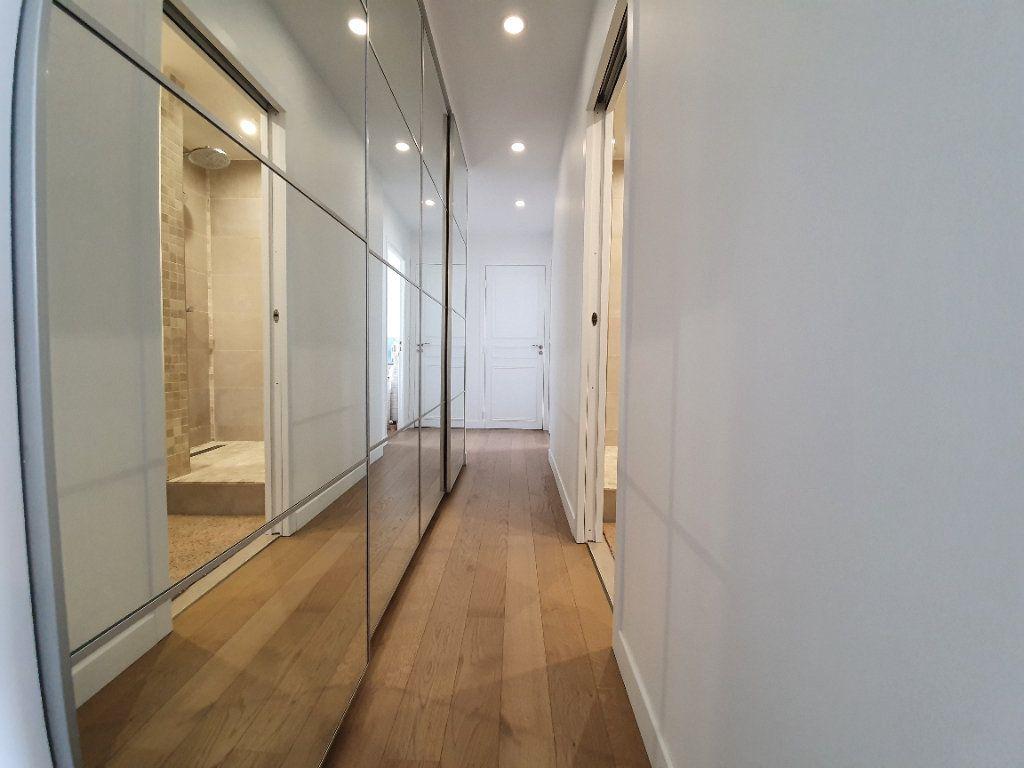 Appartement à louer 3 67m2 à Boulogne-Billancourt vignette-8