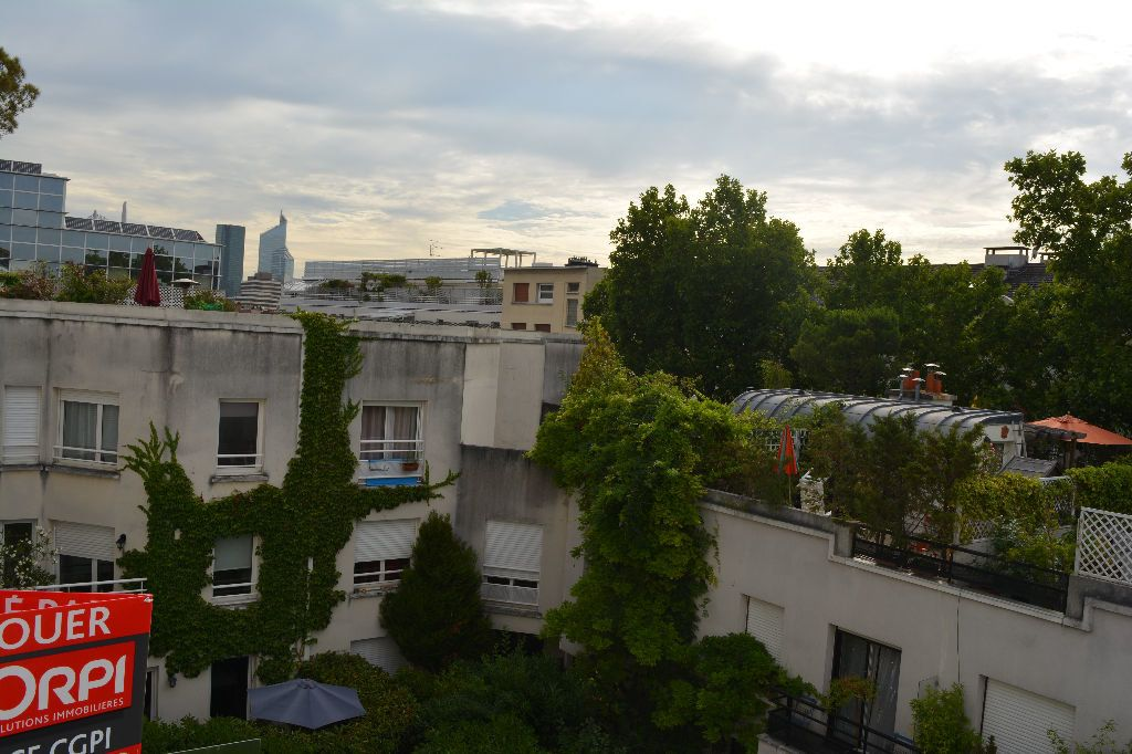 Appartement à louer 2 51.1m2 à Suresnes vignette-1