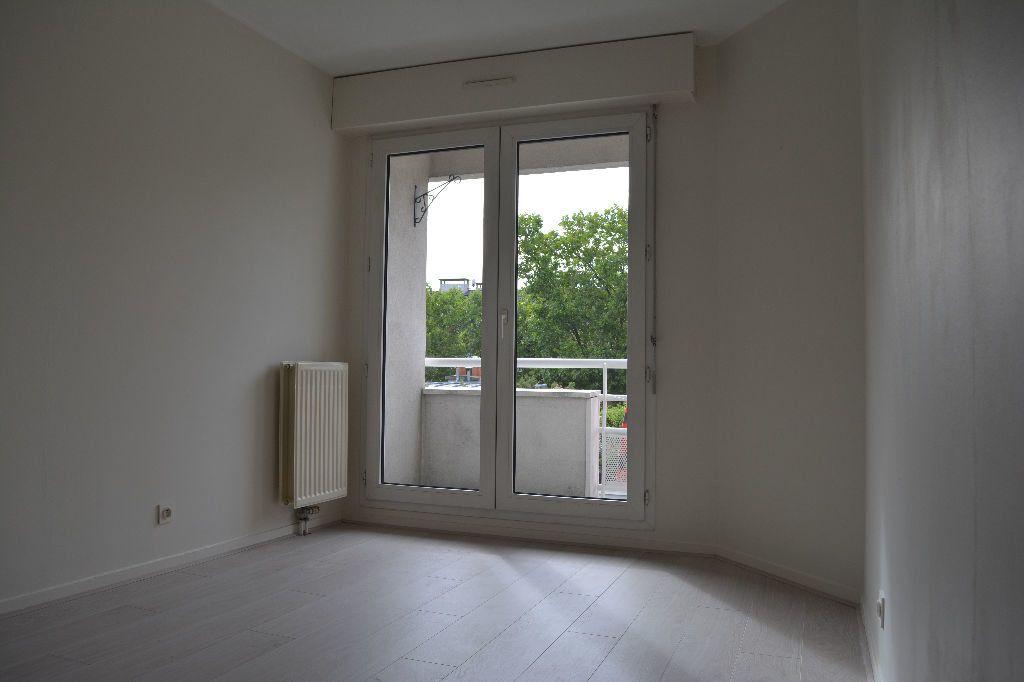 Appartement à louer 2 51.1m2 à Suresnes vignette-4