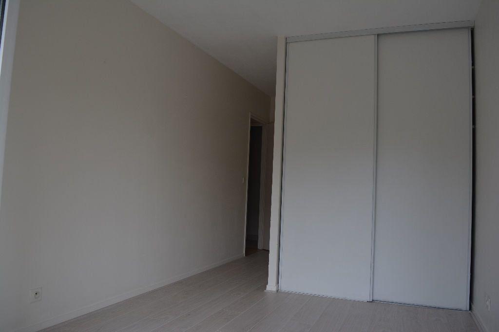 Appartement à louer 2 51.1m2 à Suresnes vignette-5