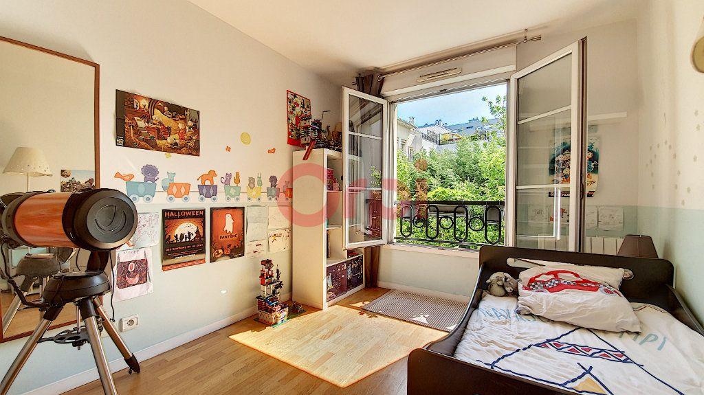 Appartement à vendre 3 54m2 à Suresnes vignette-4