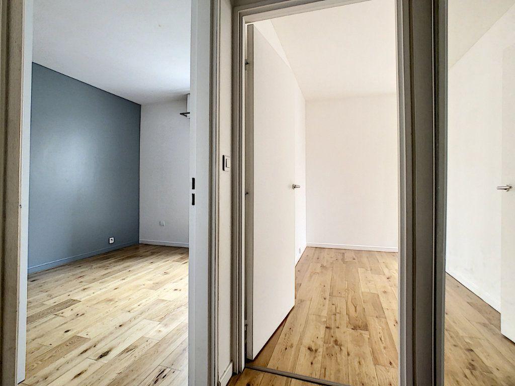 Appartement à louer 4 78m2 à Suresnes vignette-6