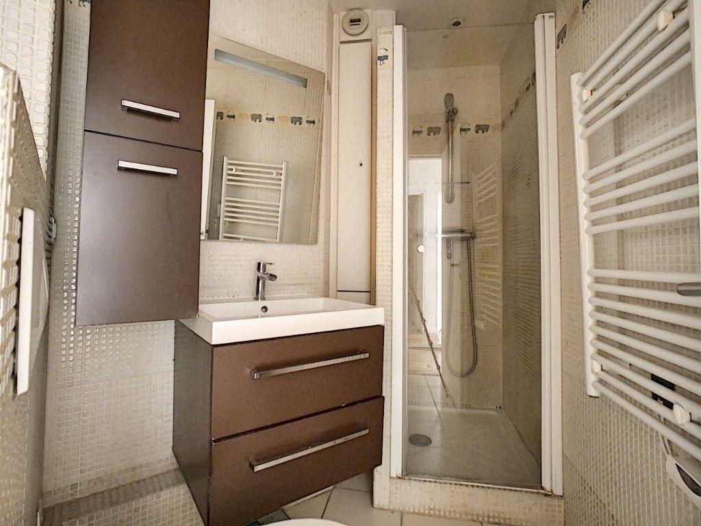 Appartement à louer 4 78m2 à Suresnes vignette-7