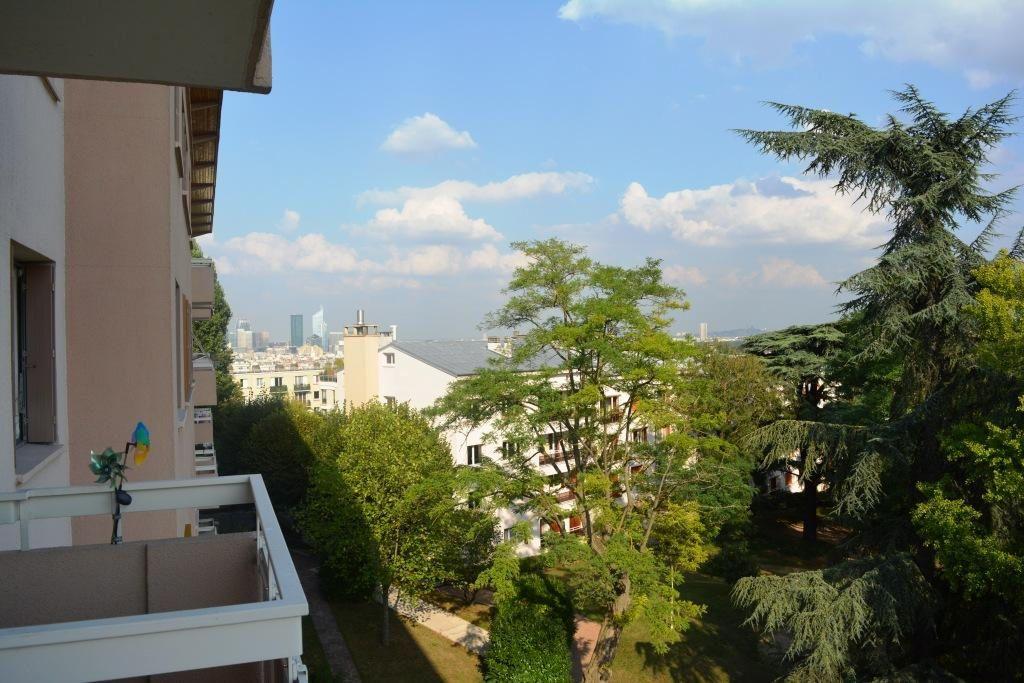 Appartement à louer 3 60.08m2 à Suresnes vignette-2