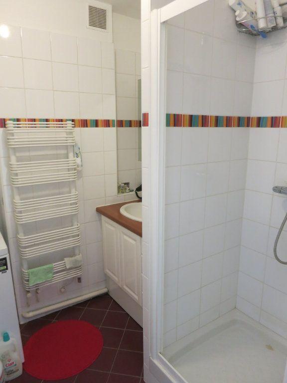 Appartement à louer 3 52m2 à Nanterre vignette-3