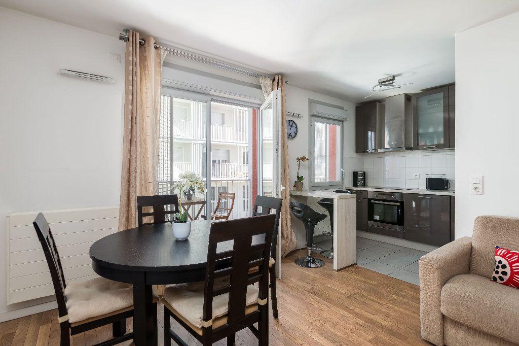 Appartement à vendre 3 61.04m2 à Nanterre vignette-2