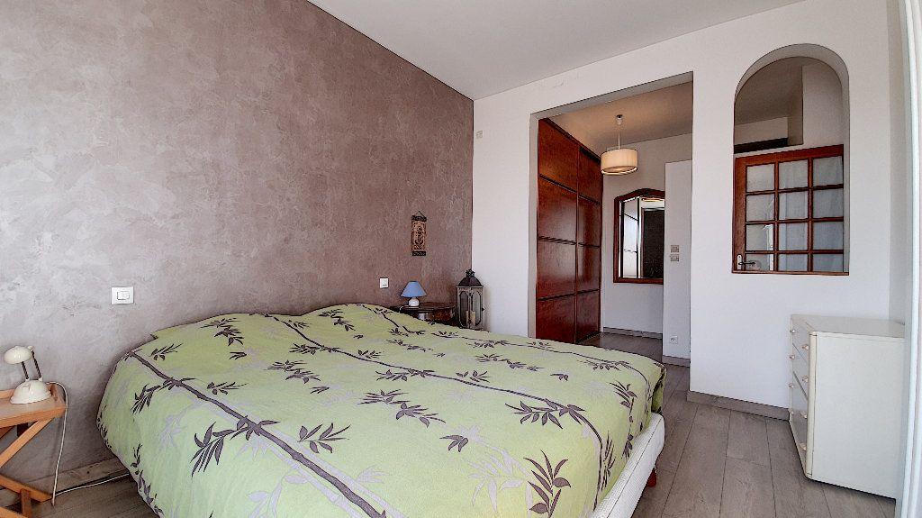 Maison à vendre 7 165m2 à Suresnes vignette-6