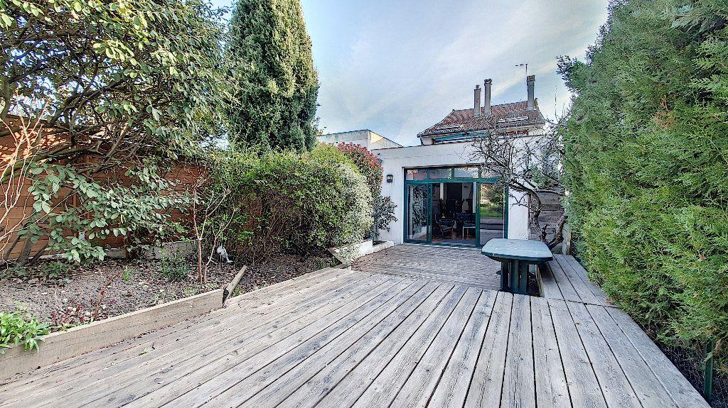 Maison à vendre 7 165m2 à Suresnes vignette-13