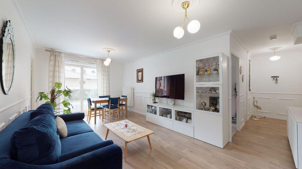 Appartement à vendre 5 94.87m2 à Nanterre vignette-1