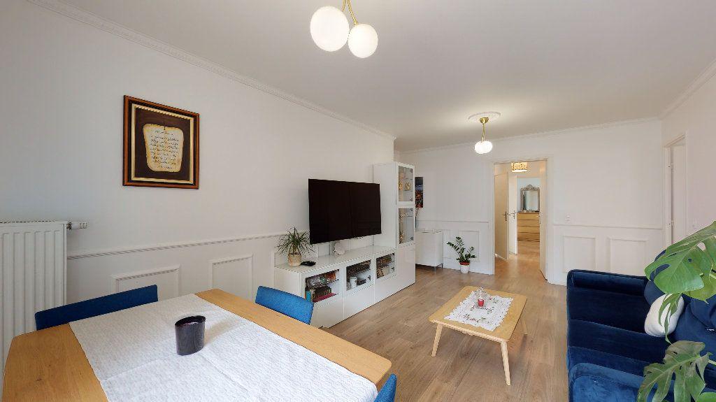Appartement à vendre 5 94.87m2 à Nanterre vignette-3