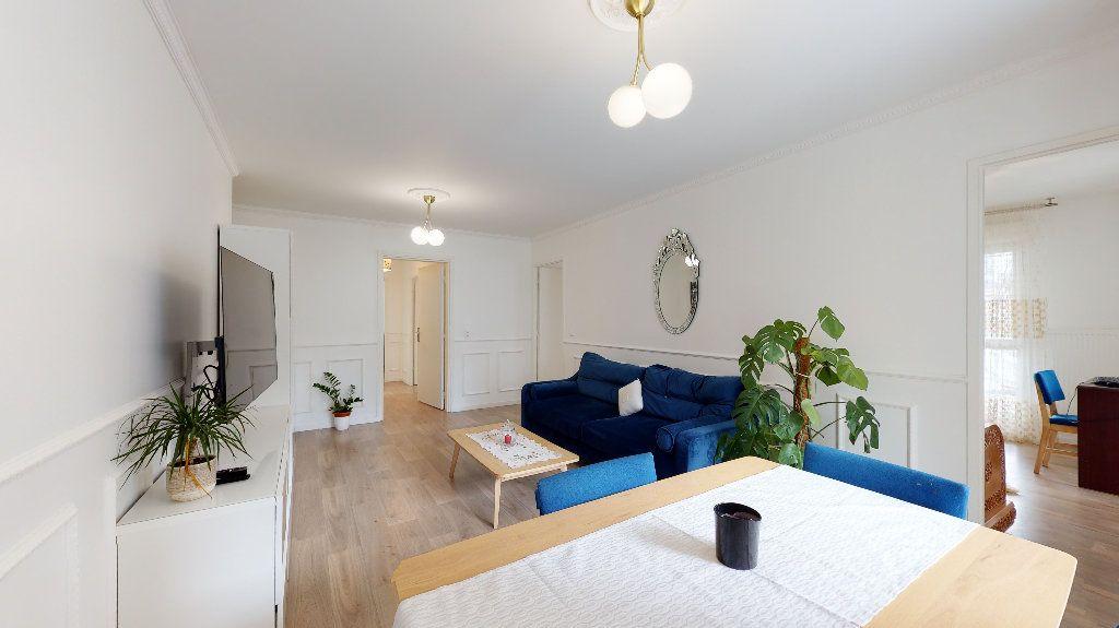 Appartement à vendre 5 94.87m2 à Nanterre vignette-4