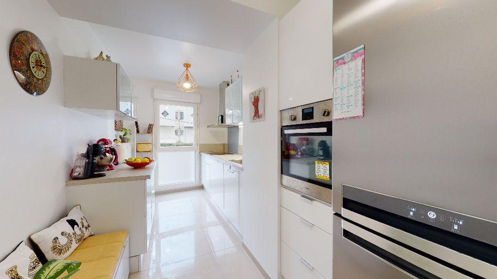 Appartement à vendre 5 94.87m2 à Nanterre vignette-5
