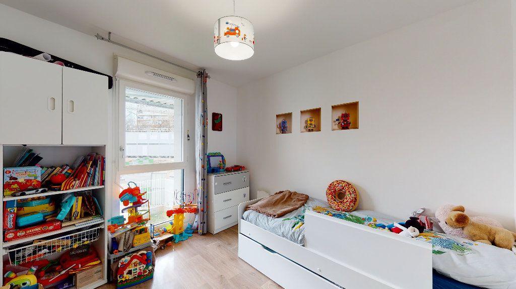 Appartement à vendre 5 94.87m2 à Nanterre vignette-10