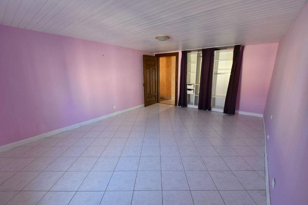 Maison à vendre 6 155m2 à Yutz vignette-9