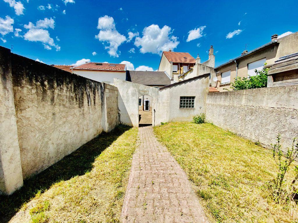 Maison à vendre 6 155m2 à Yutz vignette-17