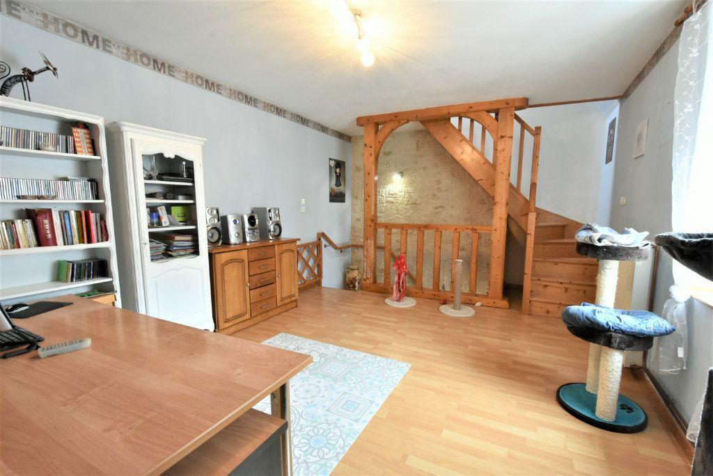 Maison à vendre 5 94.88m2 à Boulay-Moselle vignette-1