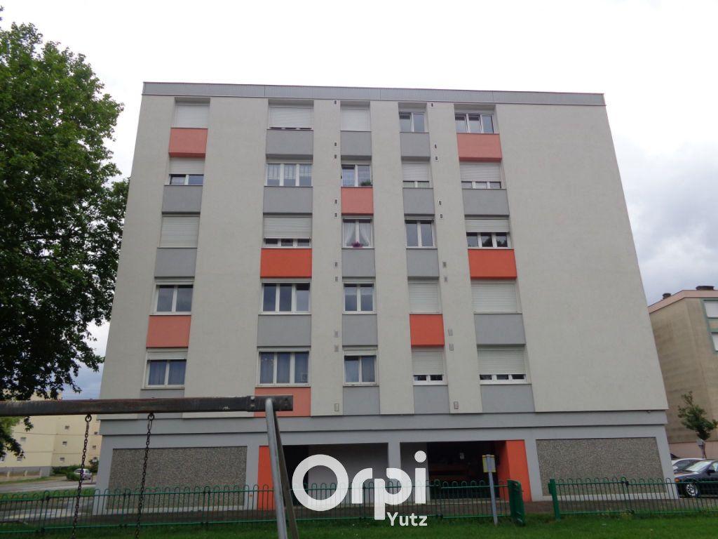 Appartement à louer 3 60m2 à Yutz vignette-1